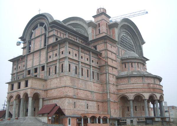 catedrala-episcopala03