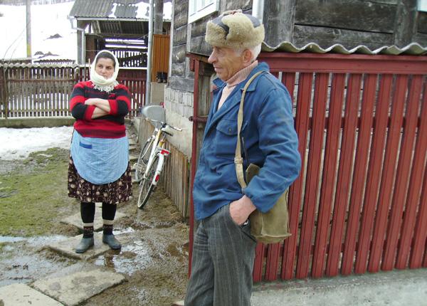 lenuta-haidemac-si-gheorge-rozovlean-cu-primarul0039
