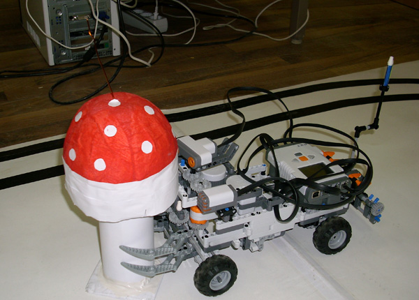 robot-lego09