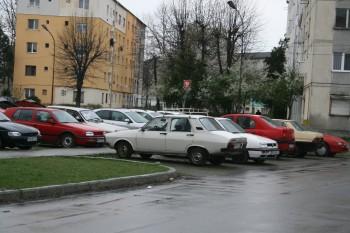 rezervarea unui loc de parcare costa 200 lei pe an