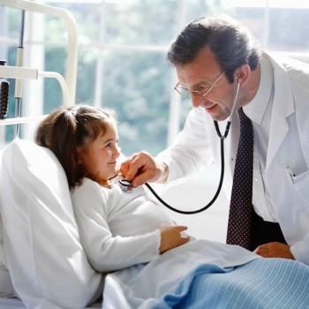 Concediul medical pentru părintele copilului tratat în alt stat U.E se obţine după întoarcerea în ţară