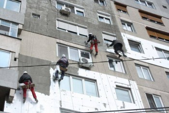 Cinci blocuri din muncipiul Satu Mare vor fi reabilitate termic, cu o sumă totală de 8.263,610 lei
