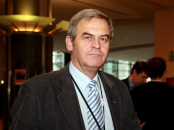 Laszlo Tokes a fost acuzat că a promovat autonomia în PE