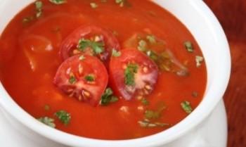 Supă de tomate fără foc
