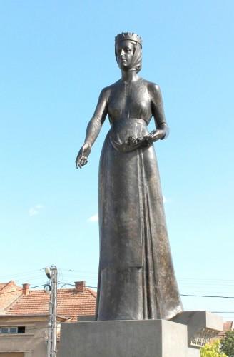 Statuia Sfintei Elisabeta la Satu Mare