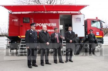[Imagine: pompieri-p3-350x233.jpg]