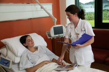 Noi prevederi referitoare la asistenţa medicală transfrontalieră
