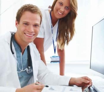 medicii asteapta sa fie platiti mai bine decat pana acum