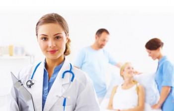 Bursele medicilor rezidenţi vor fi plătite în continuare