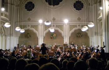 """Filarmonica """"Dinu Lipatti"""" în concert festiv"""