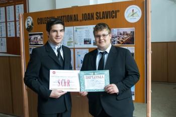 Sergiu Alec şi Claudiu Gheorghiţă Ardelean sunt elevi în clasa a XI-a A la Colegiul Naţional ''Ioan Slavici''