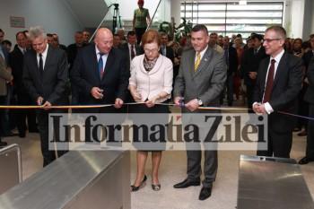Panglica inaugurala a fost taiata de oficialitatile prezente