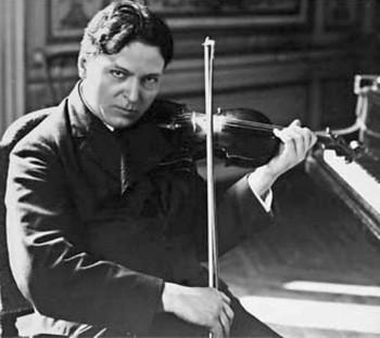 George Enescu şi vioara sa