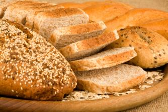 Pâinea ar trebui să se ieftinească