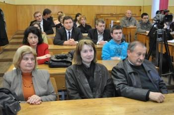 Participanti la întâlnire