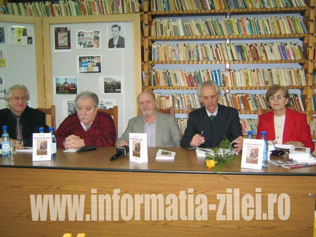 Fostul gazetar Mihai Sas şi-a lansat al treilea volum de ...