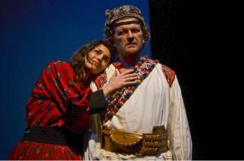 Bianca Lidia Cuteanu şi Sorin Oros, protagoniştii piesei