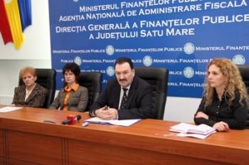 conducerea Administratiei Judetene a Finantelor Publice Satu Mare la momentul bilantului pe anul 2013