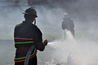 pompierii satmareni la un incendiu de vegetatie uscata