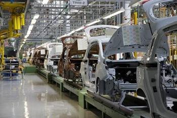 Anul trecut productia de autoturisme in Romania a crescut cu aproape 22%