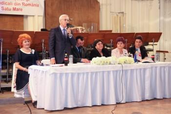 Peste 300 de asistenţi medicali din judeţ au participat la Simpozionul dedicat Zilei Internaţionale a Asistentului Medical