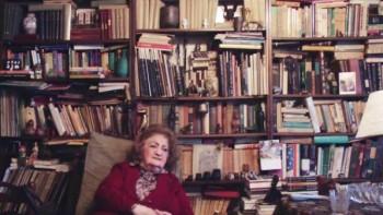 Antoaneta Ralian în biroul ei