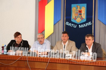 Mihaela Crasnai, Riedl Rudolf, Adrian Stef si Mircea Govor la conferinta de presa