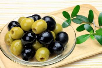 Consumul de măsline înnegrite poate afecta grav sistemul digestiv