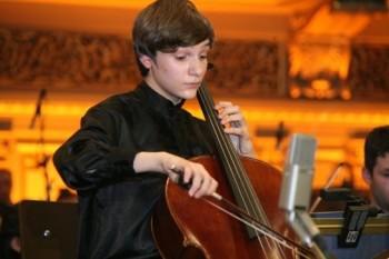 Violoncelistul Andrei Ioniţă