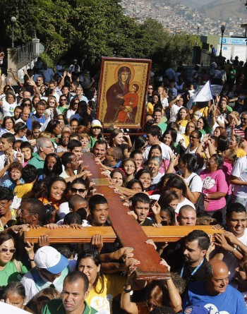 Crucea si icoana, la Rio