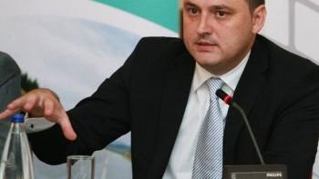 Razvan Cotovelea a declarat ca doua concerne internationale vor crea 4.500 de locuri de munca in Romania
