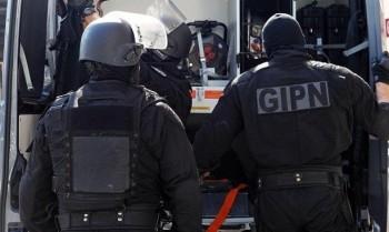 Un barbat inarmat a luat mai multi ostatici intr-un magazin evreiesc de la marginea Parisului