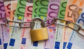 Riscul de intrare in incapacitate de plata al Romaniei este de 9.8%