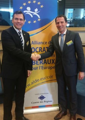 Adrian Stef alaturi de Secretarul General al COR din cadrul Grupului ALDE  - Sean O'Curneen