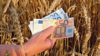 Comisia Europeana faciliteaza accesul fermierilor la credite