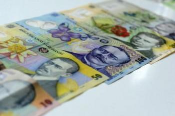 Excedentul bugetar a urcat la 0.7% din PIB