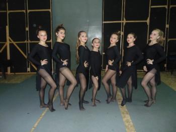 Trupa Stil Junior este îndrumată de profesoara Adina Raţiu