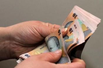 Salariul minim brut pe tara creste de la 1 iulie