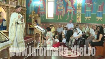 Parohia ortodoxă din Balta Blondă şi-a sărbătorit ocrotitorul şi a sfinţit o troiţă