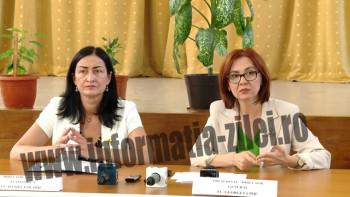 Anuntul a fost facut de conducerea CJAS, respectiv de presedintele -director general, ec. Georgeta Pop si directorul economic, ec. Daniela Olariu