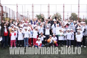 Vremea a ţinut şi de această dată cu organizatorii şi cu cei peste 200 de copii şi tineri care au participat la evenimentul dedicat lor