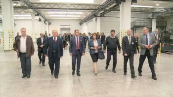 vizitarea halelor noii fabrici a Woco mari 6 octombrie la inaugurare