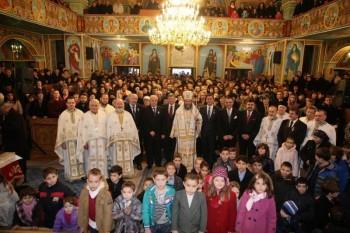 Sute de credincioşi sătmăreni au participat la Sfânta Liturghie Arhierească din a doua zi de Crăciun