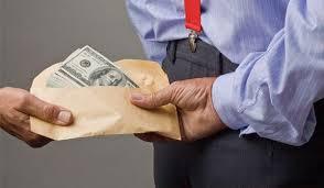Conform Bloomberg oficialii romani se tem sa semneze proiecte pe fondrui europene pentru a nu fi acuzati de coruptie