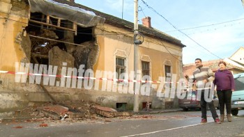 Peretele unei case de pe strada Mihail Kogalniceanu s-a prabusit partial