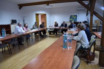 participanti la sedinta din 20 aprilie