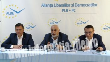 Varjuan Vosganian, preşedintele ALDE Iaşi a fost prezent la Satu Mare pentru a-l susţine pe Adrian Ştef