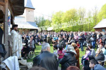 Mănăstirea Măriuş îşi sărbătoreşte hramul, Izvorul Tămăduirii