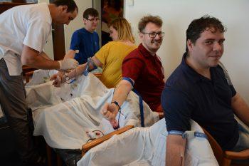 87 de angajaţi de la ZES Zollner Electronic SRL au donat sânge