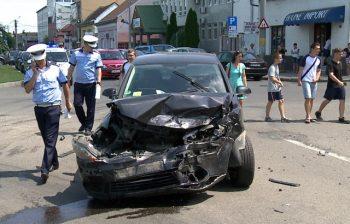 Accident la baza podului Golescu